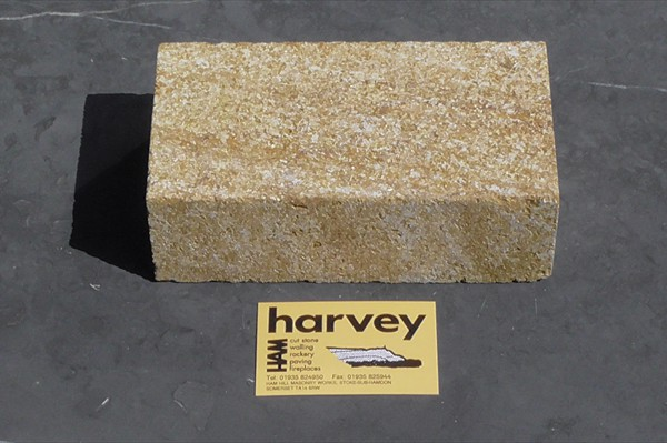 Hamstone Natural Bed Stone